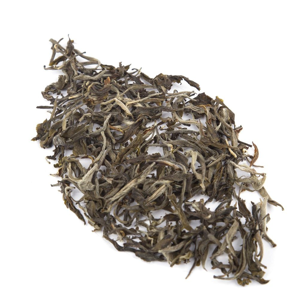 Shan Tuyet Green Tea Purple Leaves
